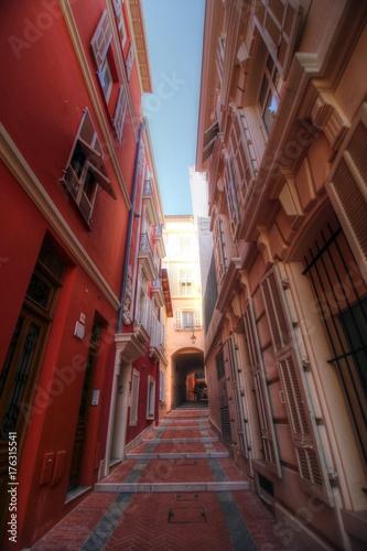 Fotobehang Smal steegje Monaco