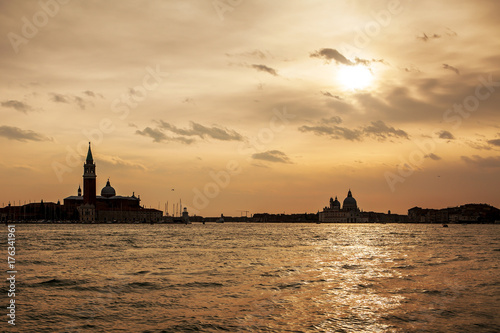 Spoed canvasdoek 2cm dik Zee zonsondergang Venice before sunset, Italy