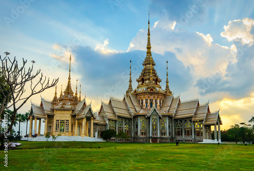 Fotobehang Boeddha Non Kum temple or also known as Wat Sorapong, a famous Buddhist temple in Nakhon Ratchasima Province, Thailand