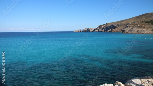 Keuken foto achterwand Tropical strand Blick auf türkisblaues Meer auf Mallorca