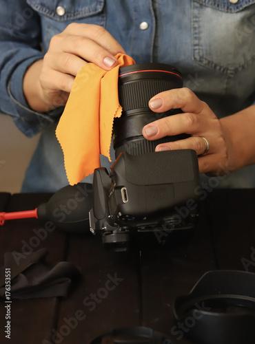 Poster pulire la macchina fotografica