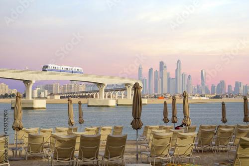 Дубай, Обьединённые Арабские эмираты, Вид на монорельс от отеля Атлантис в Дубае Poster