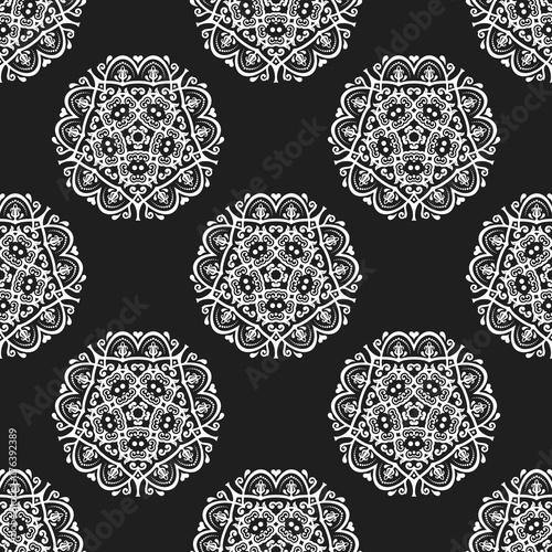 Orient vector classic black and white pattern. Seamless abstract background with repeating elements. Orient background - 176392389
