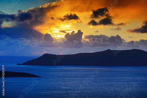 Foto op Aluminium Santorini sonnenuntergang über caldera