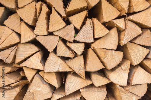Foto op Aluminium Brandhout textuur Holz im Stapel