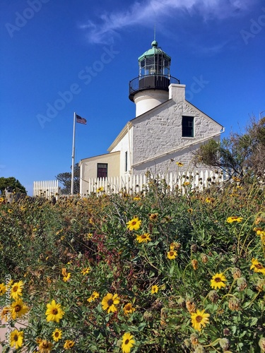 Fotobehang Vuurtoren Historic Lighthouse at Cabrillo National Monument in San Diego, California, USA