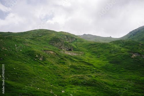 Foto op Plexiglas Wit Landschaft mit alten Bunker