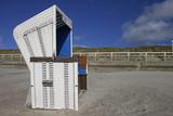 Strandkorb an der Nordsee - 176525325