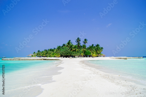 Fotobehang Tropical strand maldives island