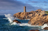 Leuchtturm Phare de Ploumanach in der Bretagne in Frankreich - Lighthouse Phare de Ploumanach in Brittany