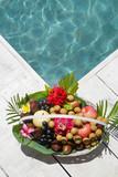 Fruit basket - 176653504
