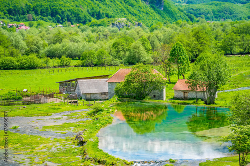 Papiers peints Vert chaux Famous springs Ali-Pasha are located near the Prokletije mountains.