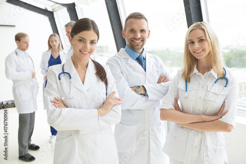 Medical doctors group - 176710904
