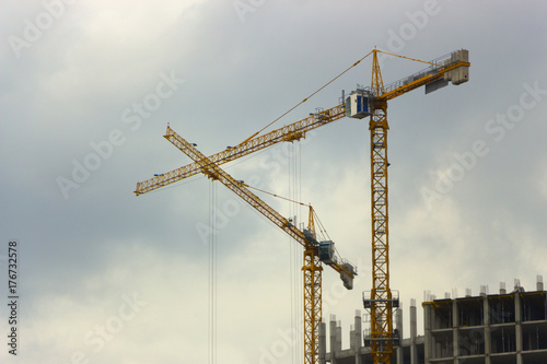 Construction of high-rise building tower crane