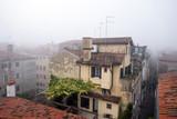 Herbst, Venedig im Nebel, Italien - 176769528