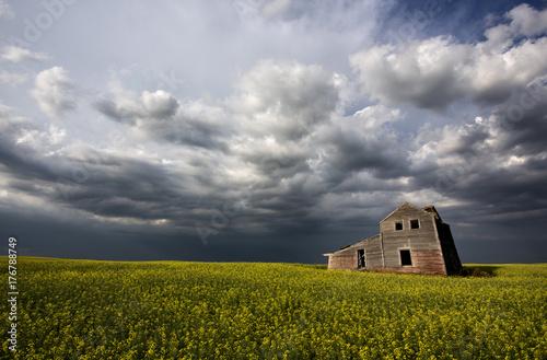 Fridge magnet Storm Clouds Canada Abandoned house