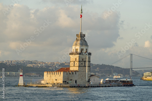 Stampa su Tela Maiden's Tower in Istanbul, Turkey