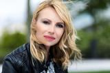 Charming blond woman portrait - 176887988