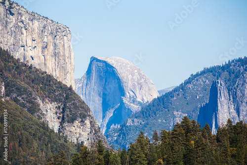 El Capitan in Yosemite Valley Poster