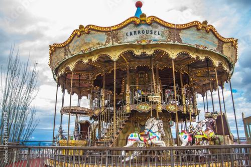 Aluminium Barcelona Old vintage carousel in Tibidabo park in Barcelona