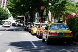 停車中のタクシー - 176941774