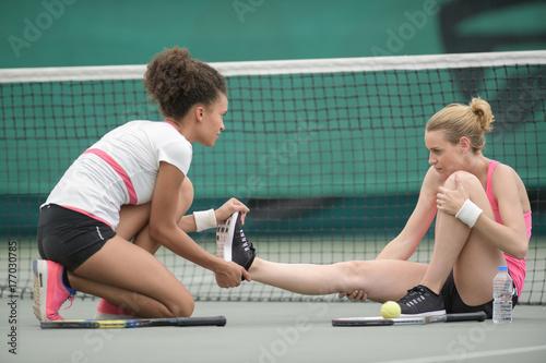 Aluminium Tennis injury while playing tennis