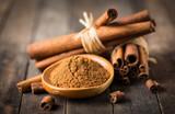 Fresh cinnamon sticks and powder - 177137562