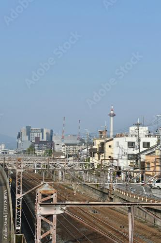 Papiers peints Voies ferrées 線路と京都タワー(東からの眺め)