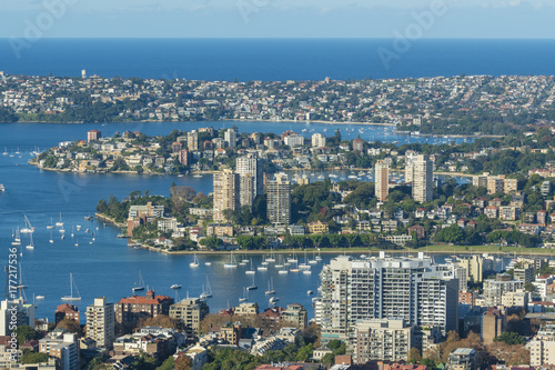 Fotobehang Sydney Houses and apartments along the shore of Sydney Harbour