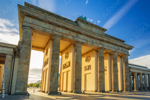 Foto op Canvas Berlijn The Brandenburg Gate in Berlin at sunrise, Germany