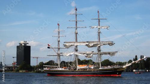 Fotobehang Schip Sailing ship
