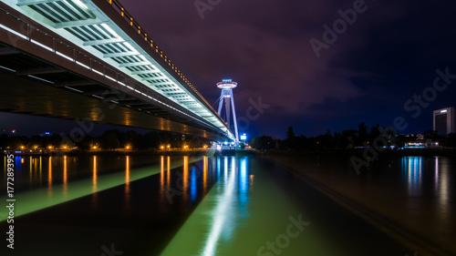 Keuken foto achterwand UFO Brücke des slowakischen Nationalaufstandes Most SNP an der Donau in Bratislava