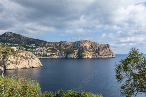 Vue sur l'entrée de Port Andratx à Majorque (Îles Baléares, Espagne) Poster