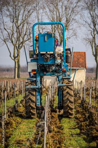 Aluminium Trekker tracteur dans la vigne