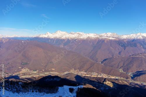 Papiers peints Lavende top view of a valley