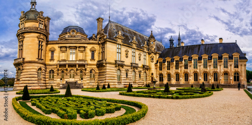 Fotobehang Freesurf Romantic beautiful castle Chateau de Chantilly. Royal residence. France