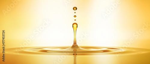 Krople złotego oleju 3