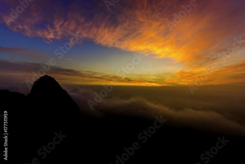 Foto op Plexiglas Chocoladebruin First light and silhouette at bukhansan National park,South Korea.