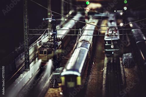 Fotobehang Spoorlijn Station - Diorama