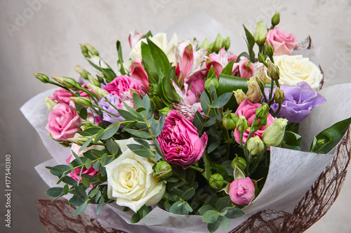 nice flower bouquet - 177540380