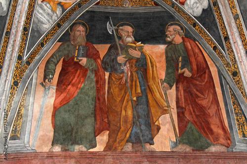 tres-apostoles-fresco-del-presbiterio-de-la-iglesia-de-san-vigilio-en-pinzolo
