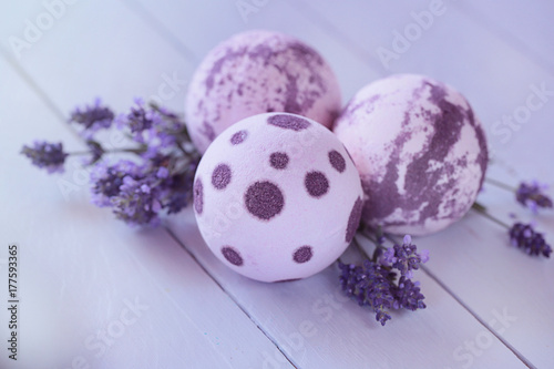 bath bombs with lavender extract Poster