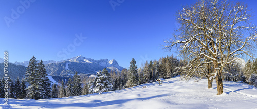 winterliche Landschaft nahe Garmisch-Partenkirchen