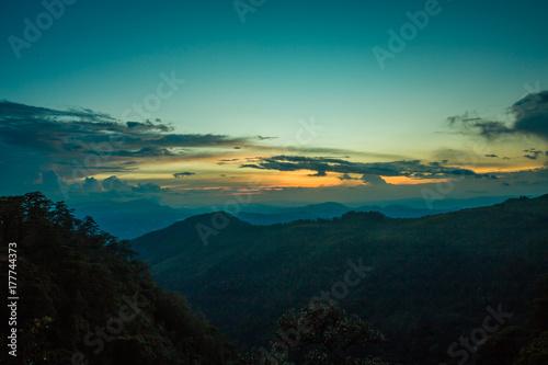 Fotobehang Groen blauw Mountain in Thailand