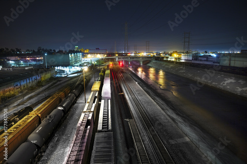 Foto op Canvas Nacht snelweg Los Angeles Train Yard