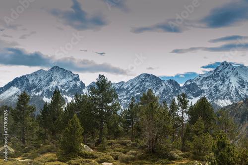 Lacs d'Aumar et d'Auber, massif du Néouvielle, prc national ds Pyrénées Poster