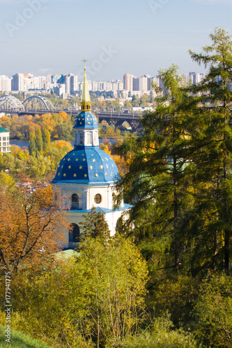Foto op Plexiglas Kiev Vydubychi Monastery located with panoramic view on Kiev. Panoramic view of Kiev, Ukraine. Botanical Garden