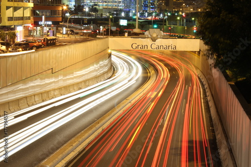 Fotobehang Nacht snelweg Światla aut
