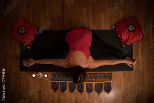 Wall mural Girl doing yoga