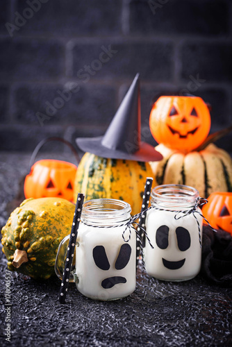 Halloween ghost-like drinks for party Poster